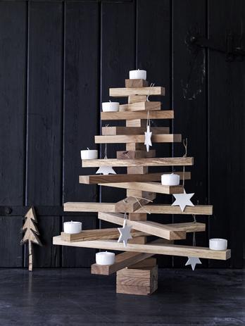 Houten kerstboom zelf maken 5 manieren m t beschrijving for Houten tuinkast intratuin