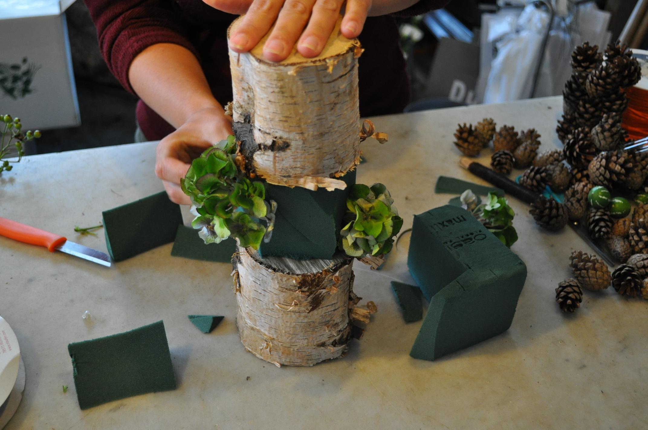 Bloemstukje maken herfsttorentje in 3 stappen for Koivijver bouwen stap voor stap