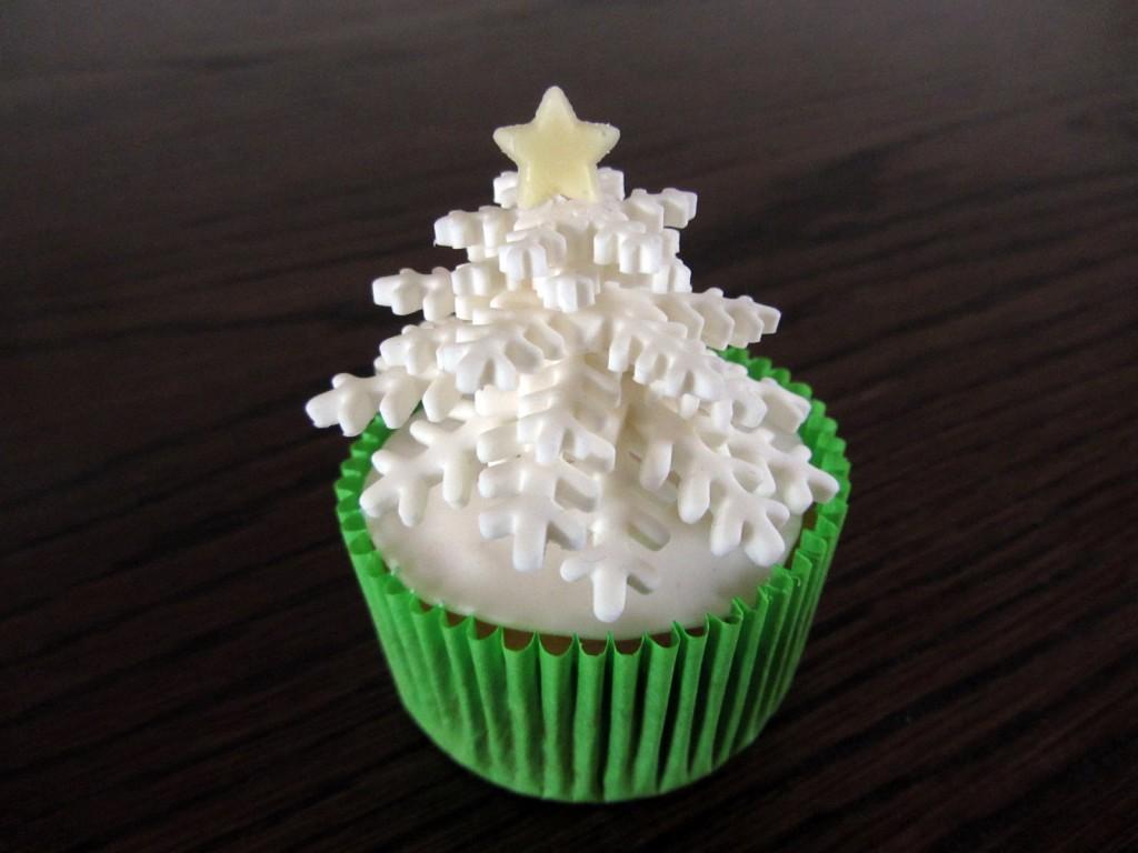 cupcake sneeuwboompje 2