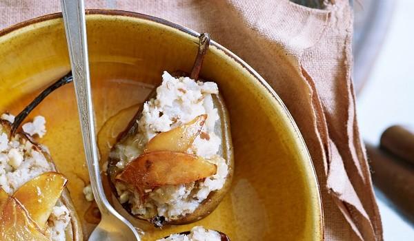 Vega voorgerecht gebakken peer met walnoten - Deco voorgerecht ...