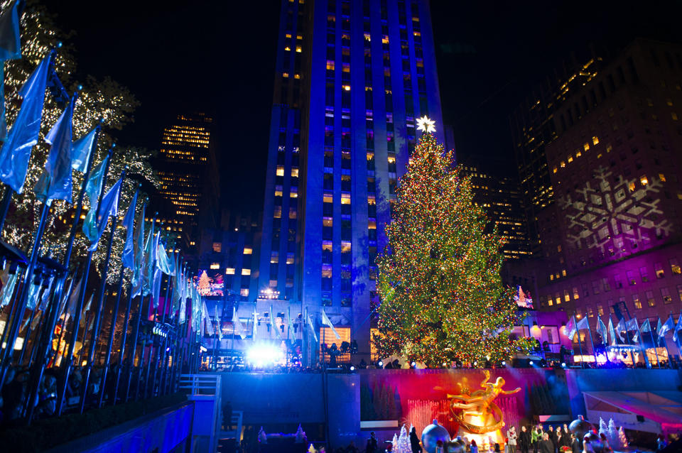 kerstboom rockefeller center new york verlicht 2013. Black Bedroom Furniture Sets. Home Design Ideas