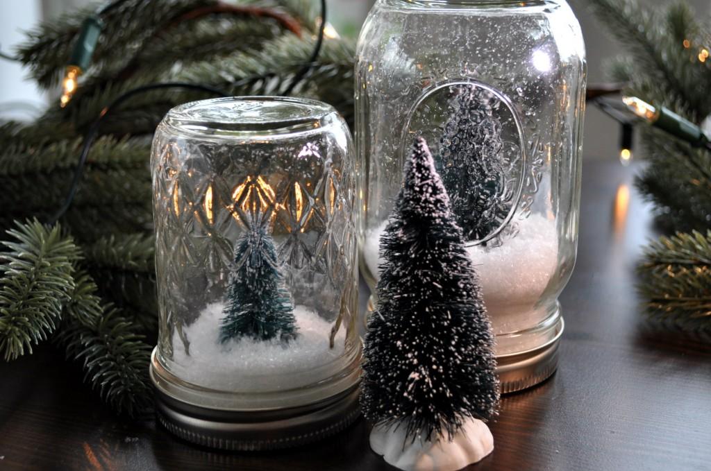 snowglobes in mason jar diy super easy