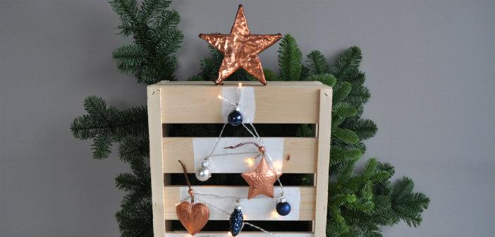Houten kerstboom maken van een fruitkistje for Houten vijverbak maken