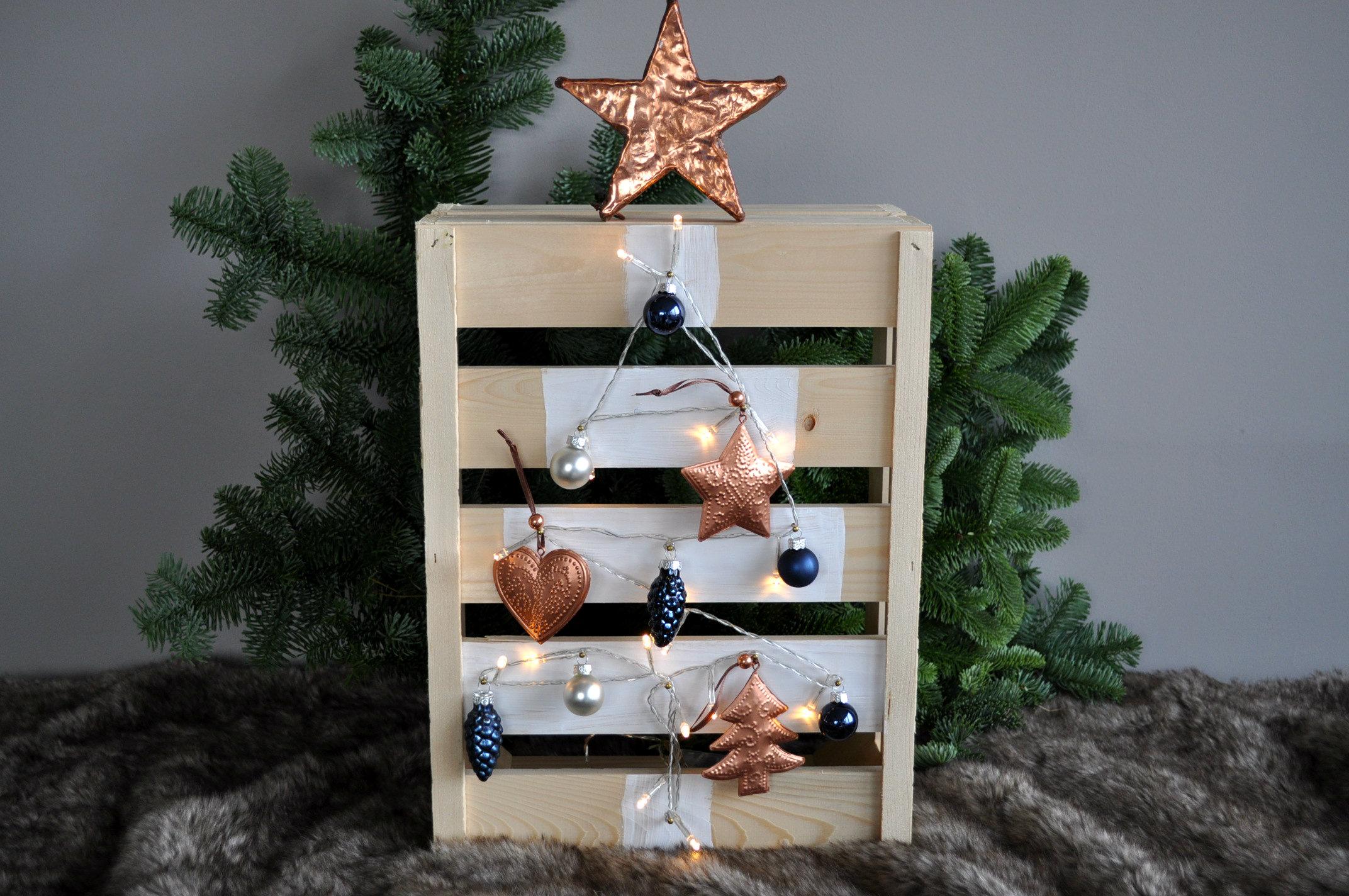 Houten kerstboom maken van een fruitkistje - Hoe je een tiener van kamer te versieren ...