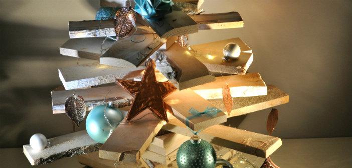 Win 3x houten kerstboom decoraties van intratuin for Houten tuinkast intratuin