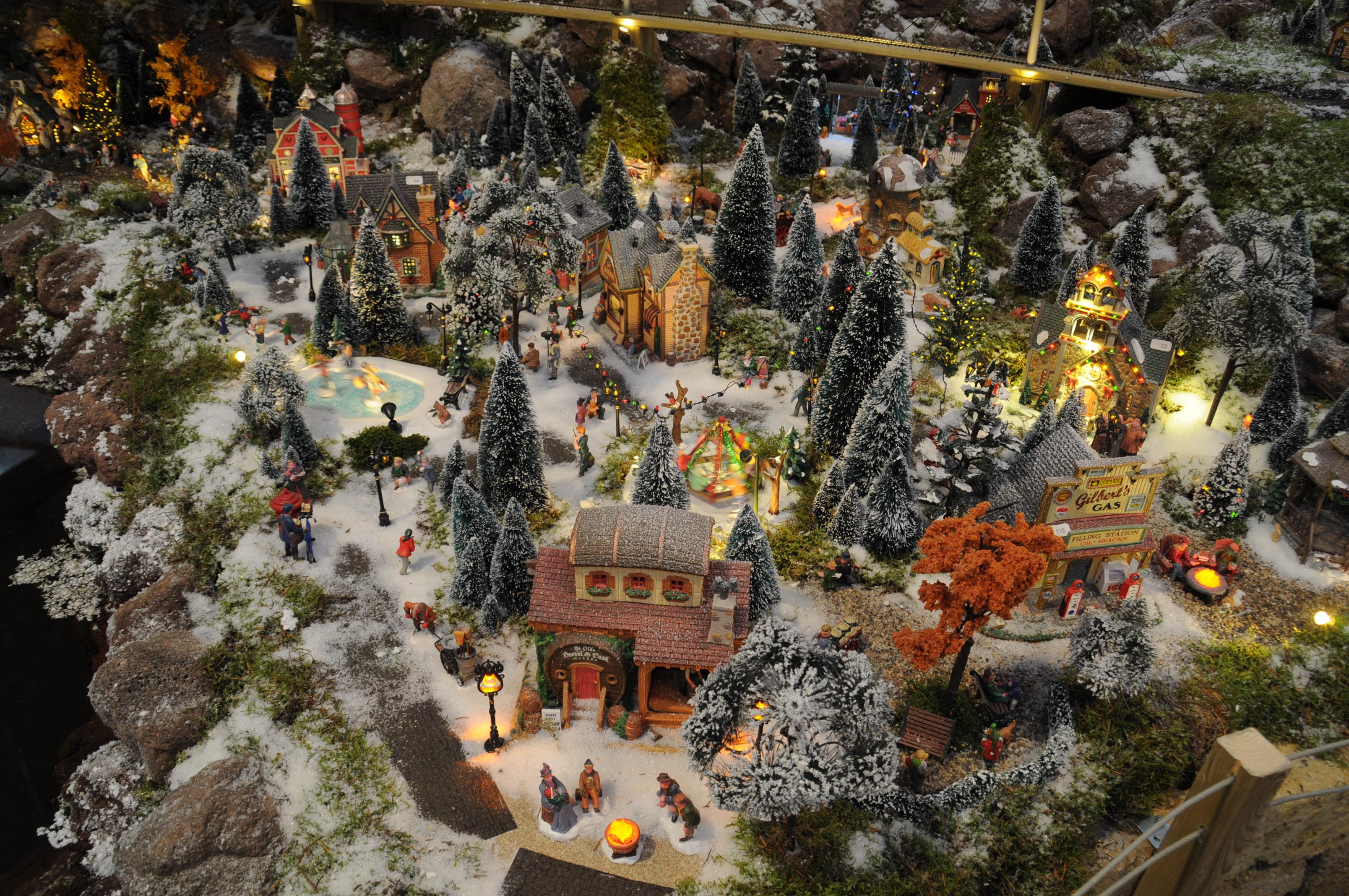 Kerstshow Intratuin Duiven 2015  een winterse sprookjeswe