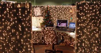 kerstsfeer kantoor versieren werk tips ideeen