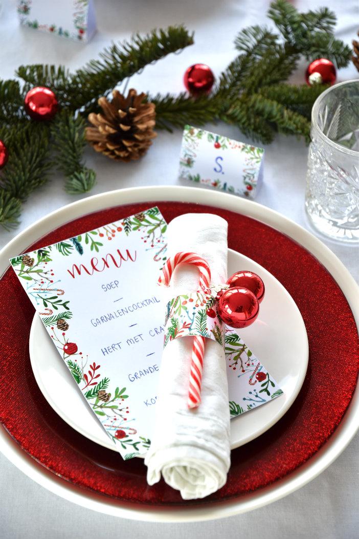 tafel dekken kerst menukaart servetring zelf maken