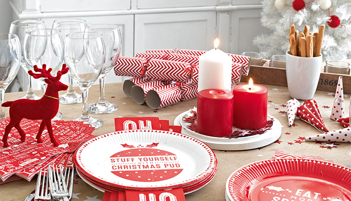 Kerst Tafel Decoratie : Kersttafel dekken: 25 ideetjes voor een feestelijk versierde tafel