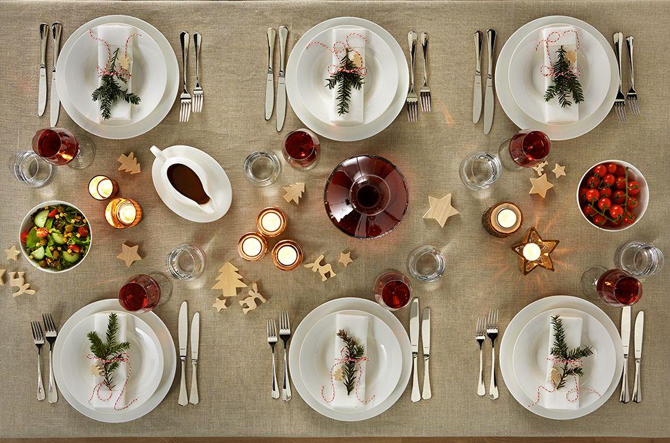 kerstservies tafel dekken