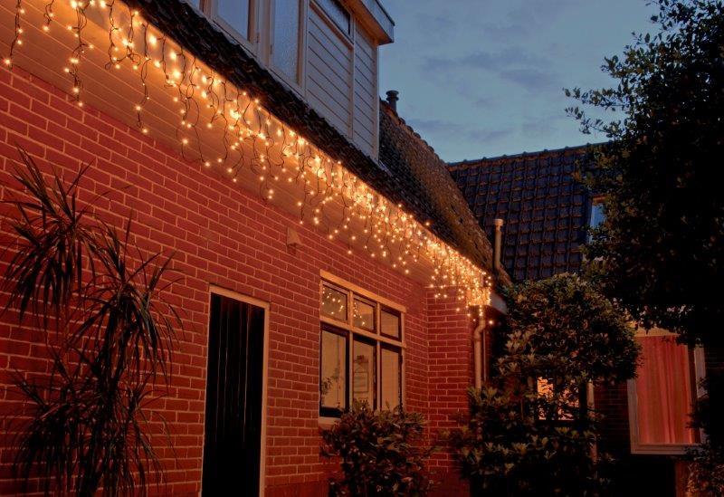 100-lamps-koppelbare-ijspegelverlichting-400x35cm-lampjes_4_l
