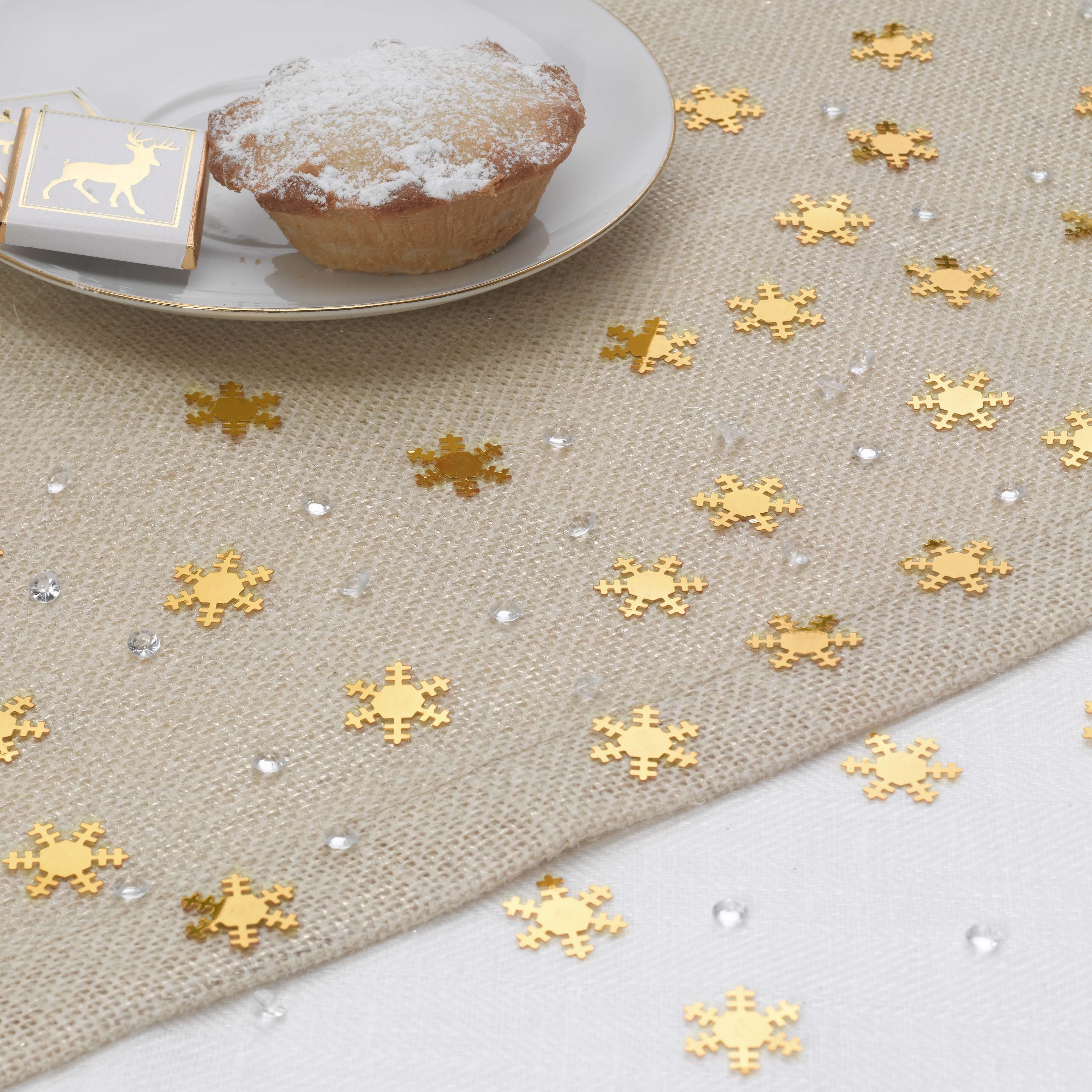 Kerst tafel dekken met veel goud!   christmaholic.nl