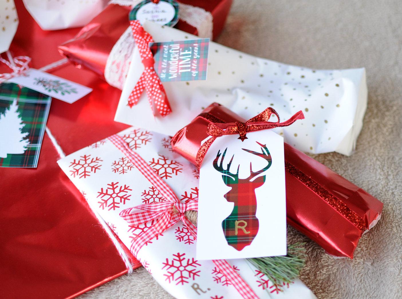 kerst-cadeaulabels-gratis-downloaden