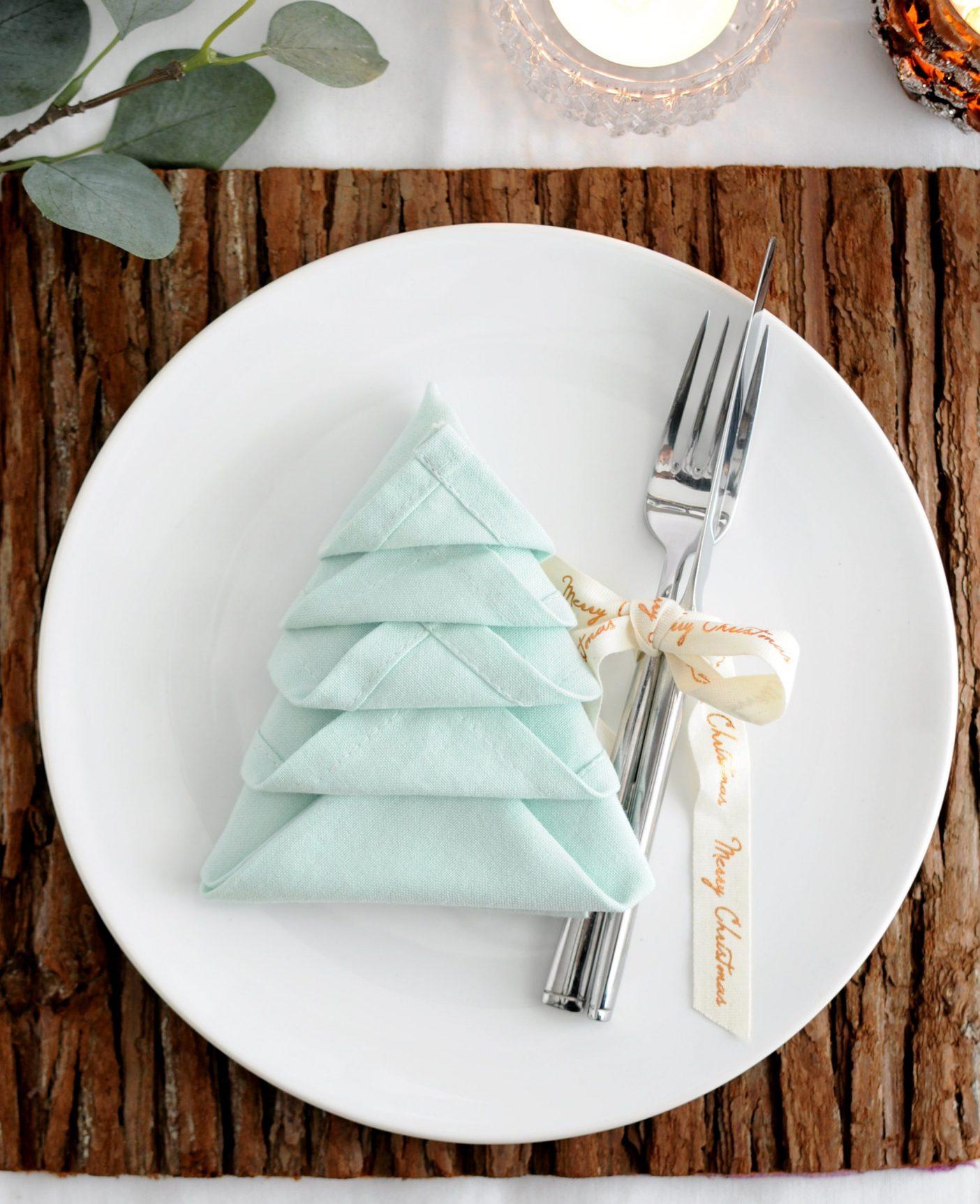 Kerstboom vouwen van servet