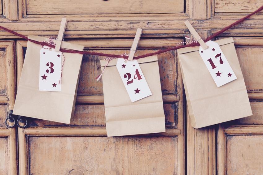 Beroemd 24 kleine cadeautjes voor in de Adventskalender - Christmaholic.nl #FT21