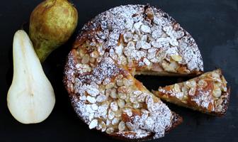 herfstcake met peer en amandel
