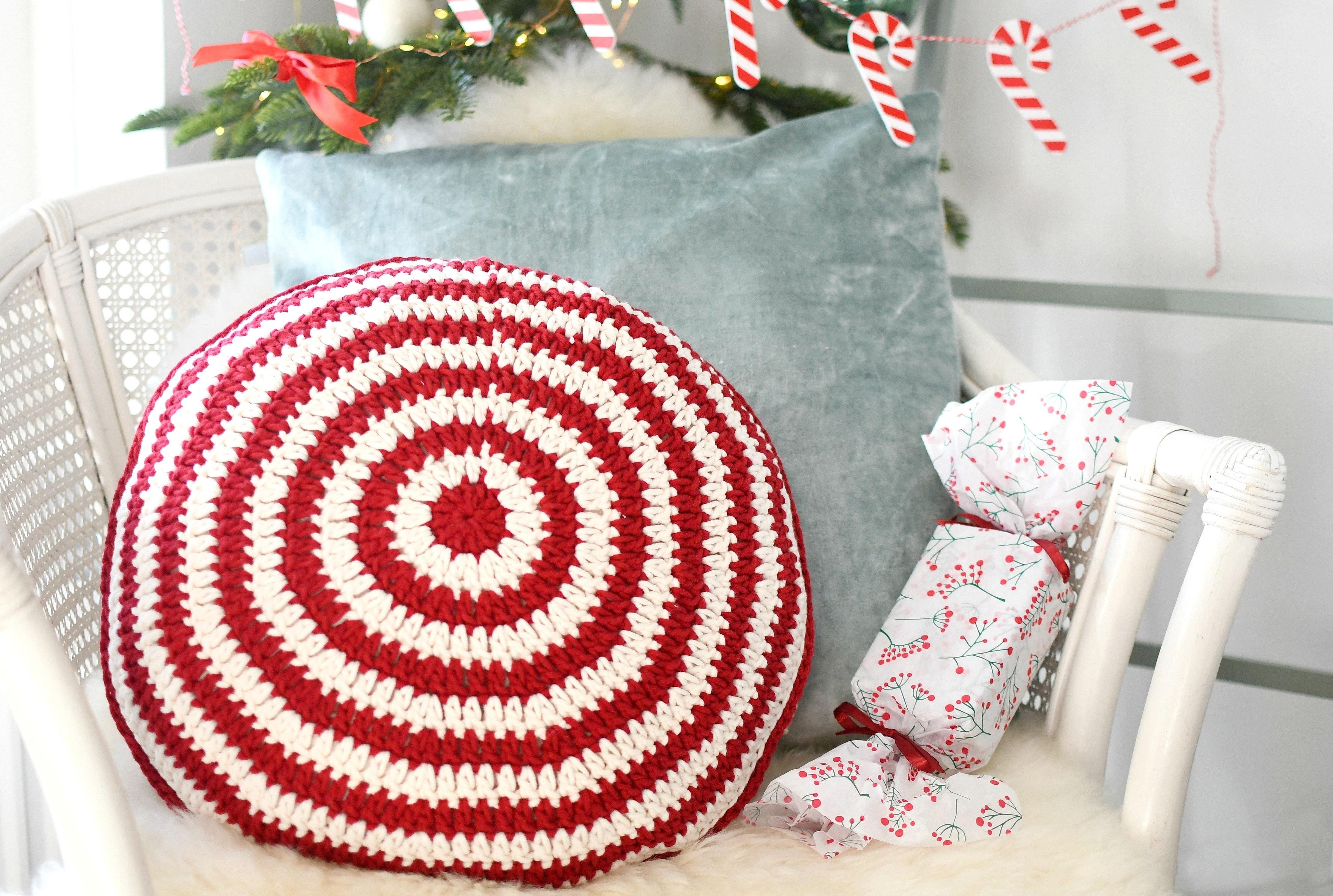 Kerst Kussen Haken Met Candy Cane Patroontje Christmaholicnl