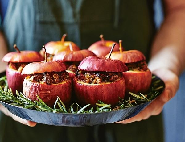 Gevulde appels met amaretti & prosciutto (kerstrecept Donna Hay)