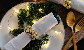 kerst servetringen maken met kerstbelletjes