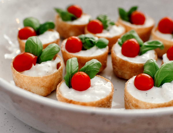 Recept kerstborrelhapje | Croustades met crema di burrata